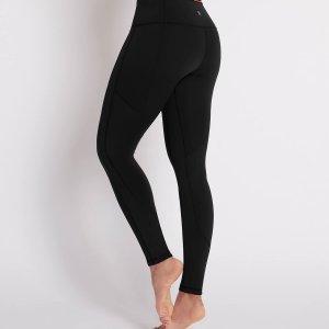 Achterzijde yoga legging Laura zwart